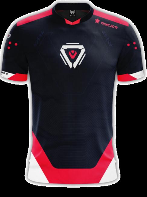 На ЧМ по Fortnite Epic заставляла игроков малоизвестных организаций скрывать логотипы команд. Чемпион мира обрезал рукава футболки - Игры