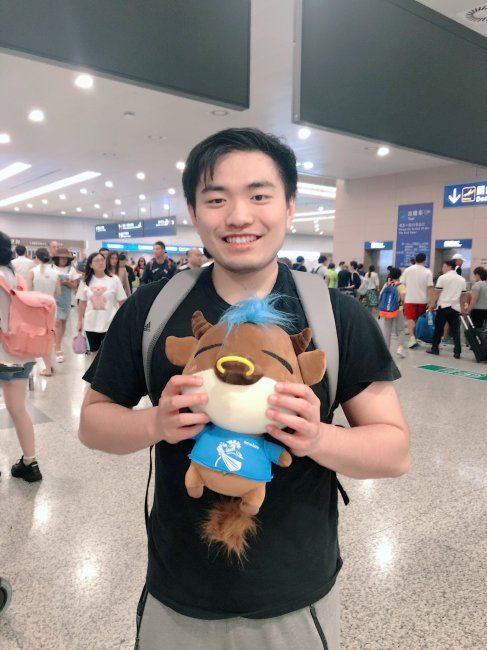 Игроки Newbee прилетели в Китай