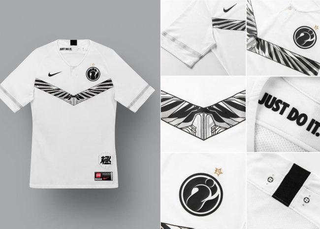 Nike выпустила форму для китайской League of Legends Pro League - Игры