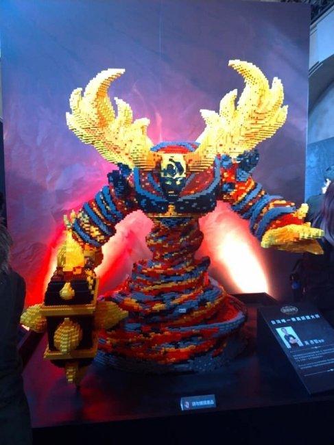 Blizzard провела благотворительный аукцион с выставкой фанатского творчества - Игры