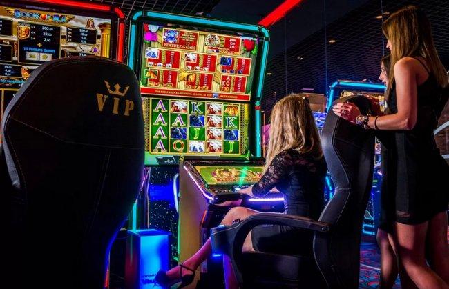 Казино Плей Фортуна для азартных людей