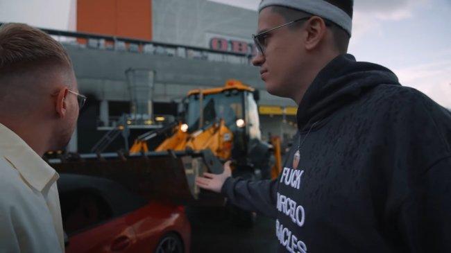Блогер Литвин разыграл Бустера, разбив его BMW Z4 за 7 млн рублей. Подарил новую – BMW M4 Competition за 9 млн - Стримеры и Twitch