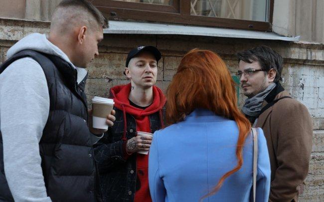 Мэддисон, Оксимирон и Ресторатор пришли поддержать Хованского в суде - Стримеры и Twitch